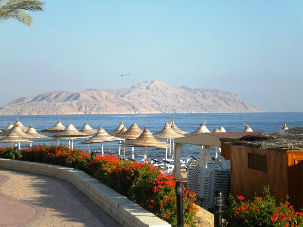 Sharm El Sheikh vs. Hurghada